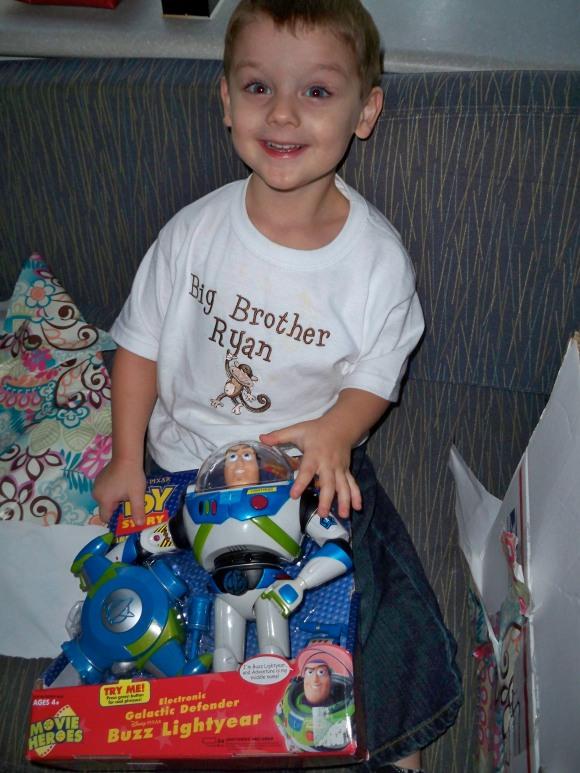 Chloe gave Ryan a Buzz Lightyear toy for her birthday = Ryan has to like her